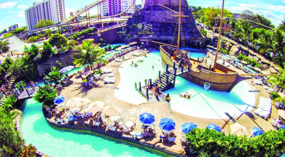 No feriado prolongado em que acontece o Caldas Country, a rede diRoma oferece entradas para parque aquático e outras cortesias inclusas nos pacotes - Foto: Divulgação