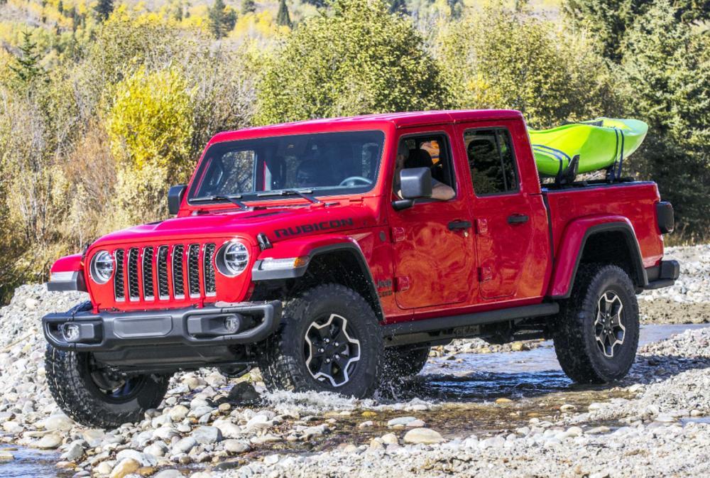 """Jeep Gladiator, a picape """"conversível"""" do Wrangler, apareceu no Brasil"""
