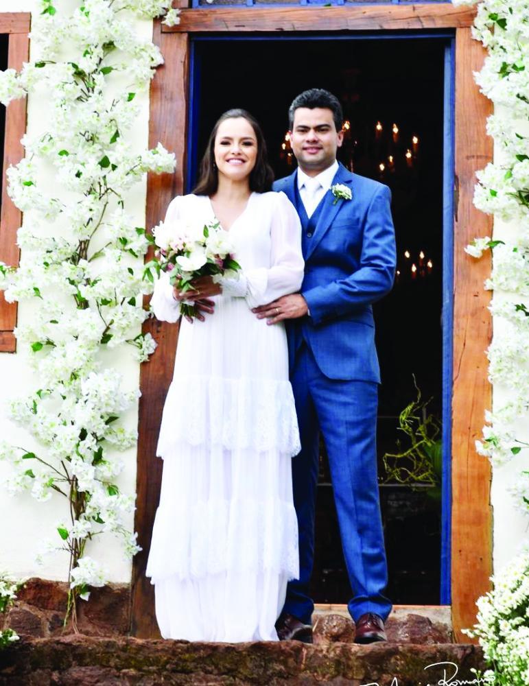 Marcela Borges Dornfeld e Lamartine Mendes Filho, protagonistas de um dos mais belos e românticos casamentos da temporada - Foto: Alex Pacheco