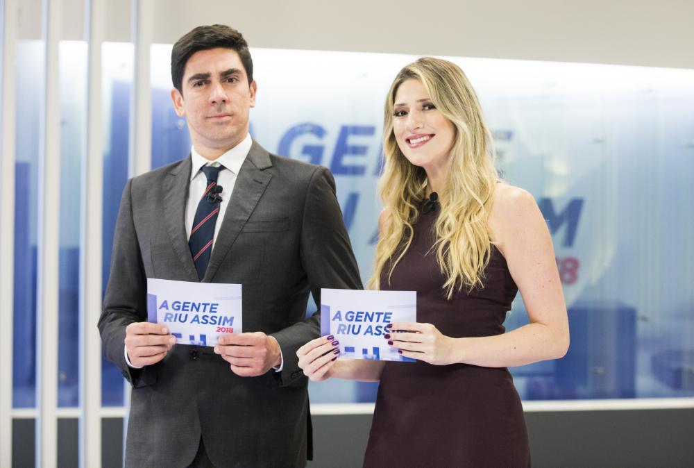 """Adnet e Calabresa durante o """"A Gente Riu Assim"""", em 2018 - Foto: Victor Pollak / TV Globo"""