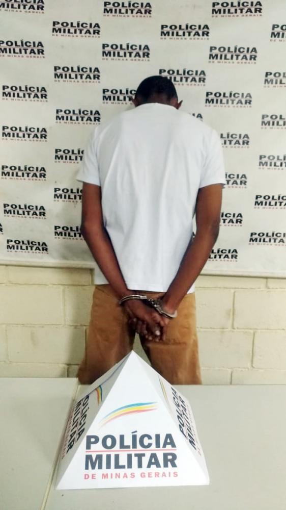 D. foi preso escondido em uma casa no bairro Abadia