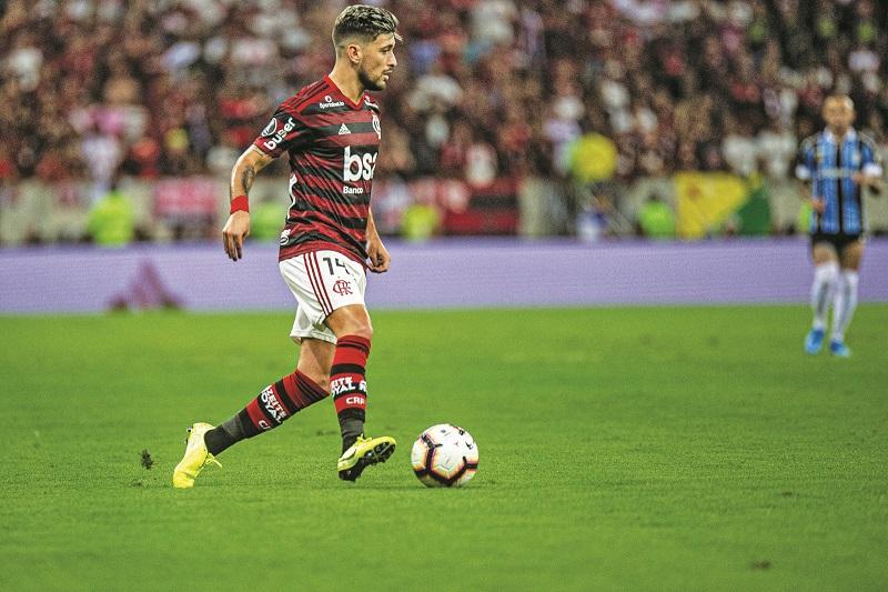 Com lesão no tornozelo, Arrascaeta não é chamado pelo técnico Oscar Tabárez para confrontos com Hungria e Argentina - Foto: Divulgação
