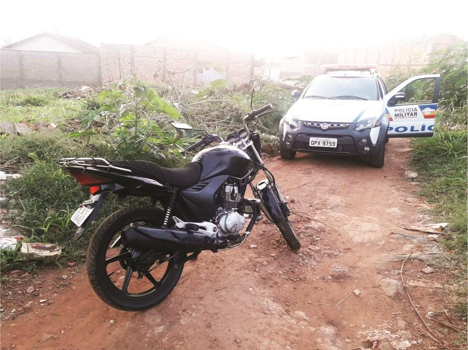 Veículo foi recuperado após denúncias anônimas - Foto: Juliano Carlos