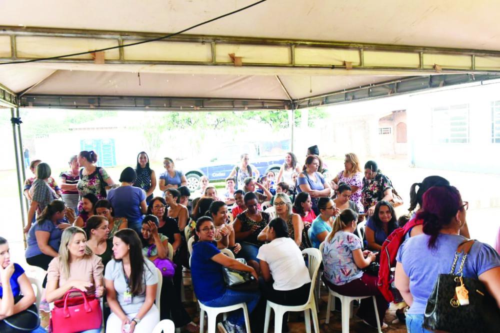 """Quinta edição do projeto """"Prefeitura Presente"""" foi realizada ontem, no bairro Santa Maria - Foto: André Santos/PMU"""