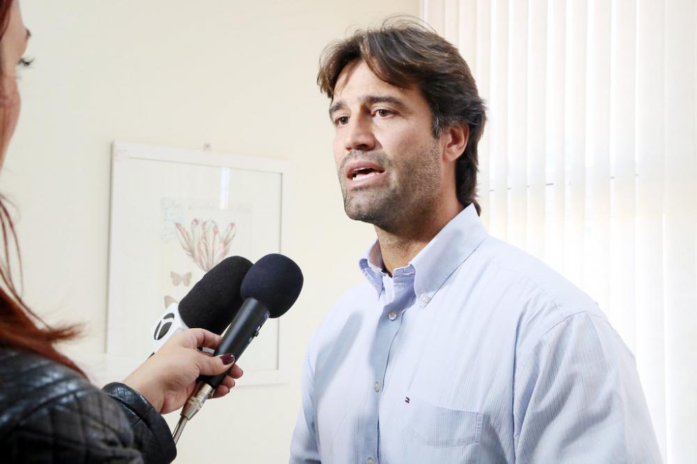 O secretário de Saúde Iraci Neto (PSD) sai na defesa da população - Foto: Arquivo JU