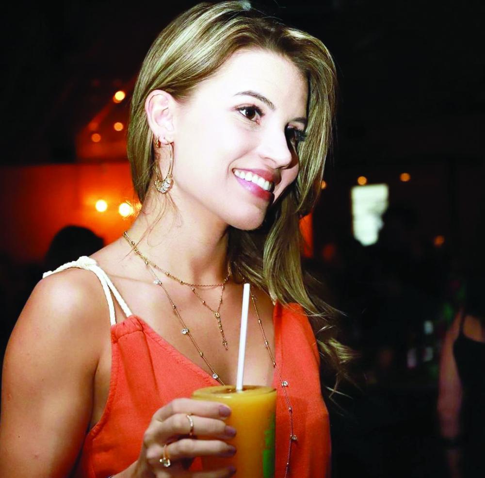 Mich Bar - O último final de semana ficou movimentado de gente bonita no Mich Bar, confira as fotos da super fotógrafa Babi Magela. E nesse domingo (17), para encerrar o feriado com chave de ouro, o Mich recebe a divertida Banda Samba Surf e o encanto das