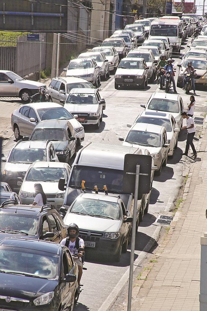 47.232 motoristas uberabenses ainda não pagaram o IPVA de 2019 - Foto: Arquivo
