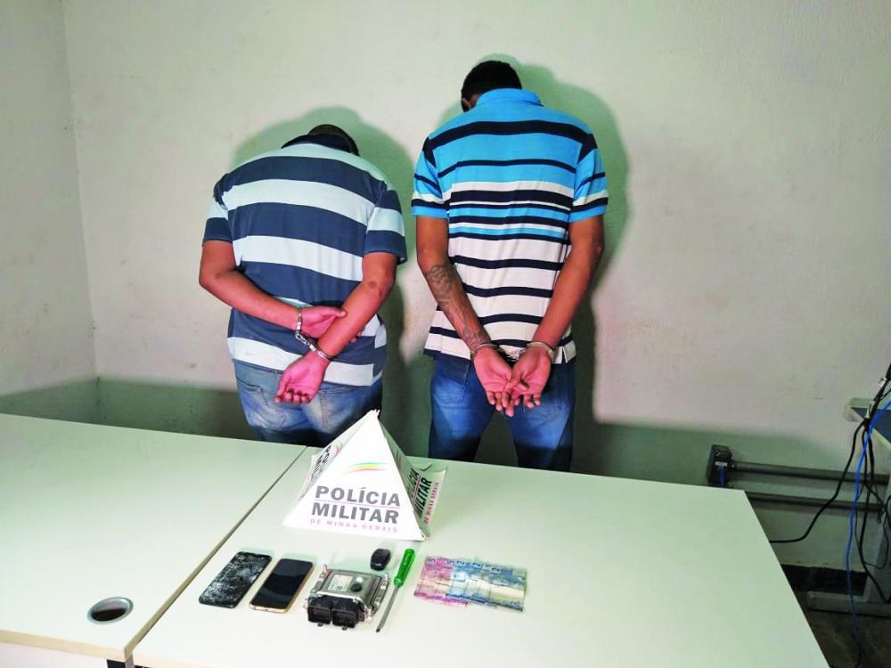 Jovens foram detidos após perseguição no Abadia - Foto: Juliano Carlos