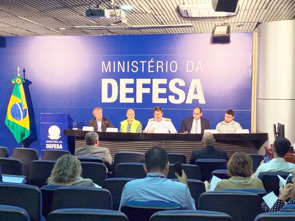 Grupo de Acompanhamento e Avaliação concede coletiva de imprensa sobre óleo no litoral - Foto: Luiz Felipe Barbiéri/G1 Política