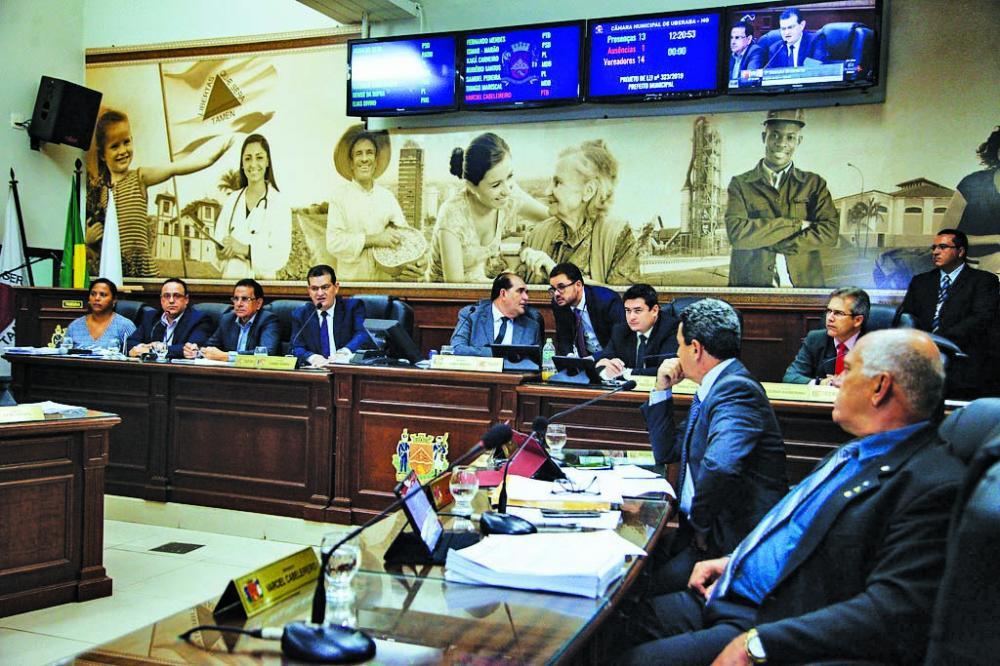 Foi aprovado em 1º turno ontem, na Câmara Municipal, após quase duas horas e meia de análise do conteúdo a LOA 2020 - Foto: Rodrigo Garcia/CMU