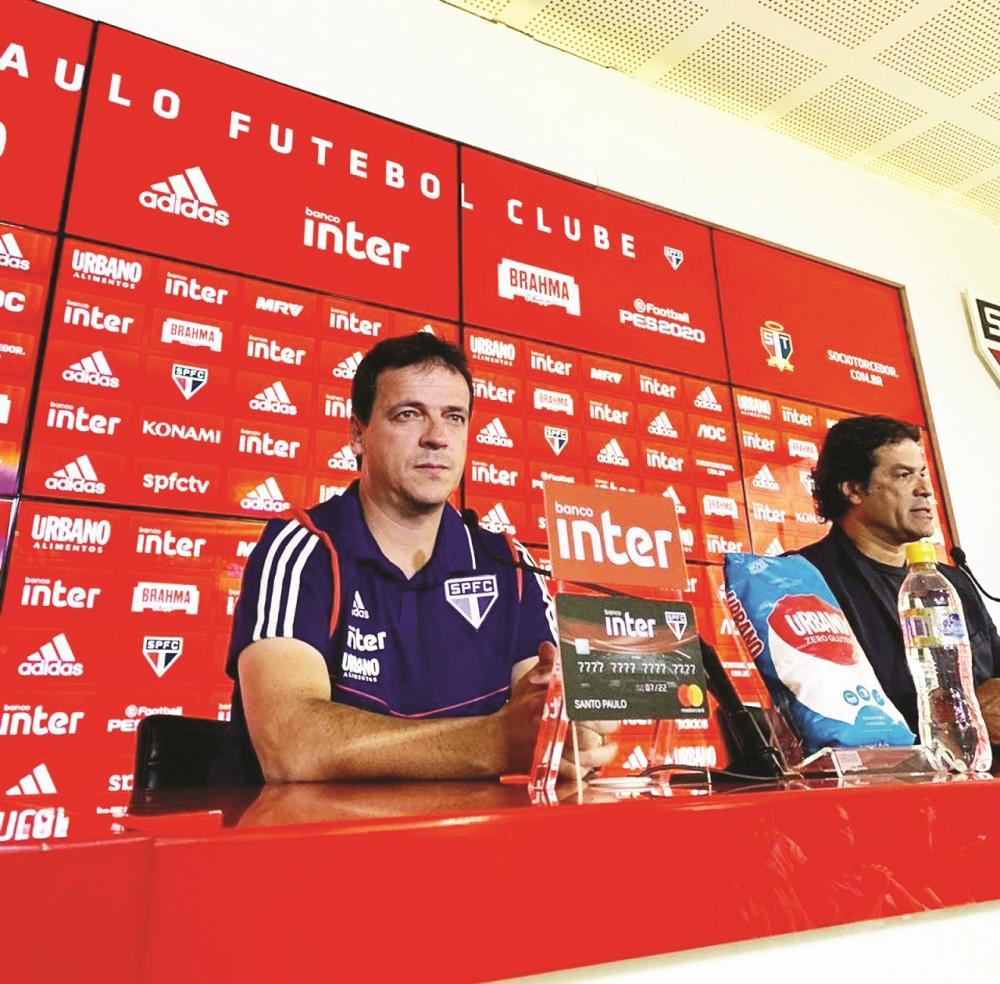 Fernando Diniz e Raí no São Paulo: técnico e diretor colocam vaga direta na fase de grupos da Libertadores como objetivo - Foto: Rubens Chiri/saopaulofc.net