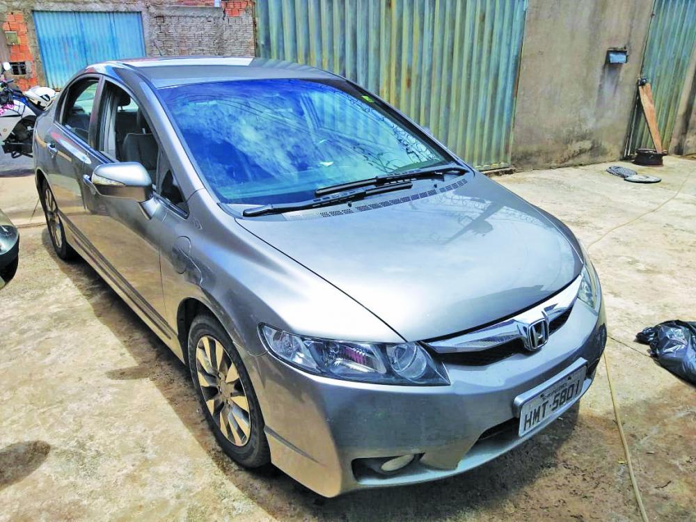 Carro tomado de assalto em Uberlândia foi recuperado em Uberaba - Foto: Juliano Carlos