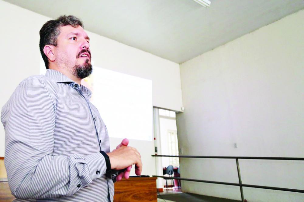 Coordenador da Sala Mineira do Empreendedor de Uberaba, Élder Árcega - Foto: Neto Talmeli