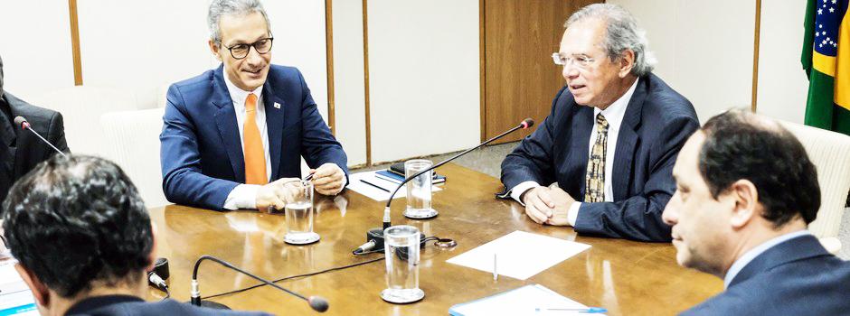 Governador cumpre agenda em Brasília e se encontra com o ministro da Economia, Paulo Guedes - Foto: Pedro Gontijo / Imprensa MG