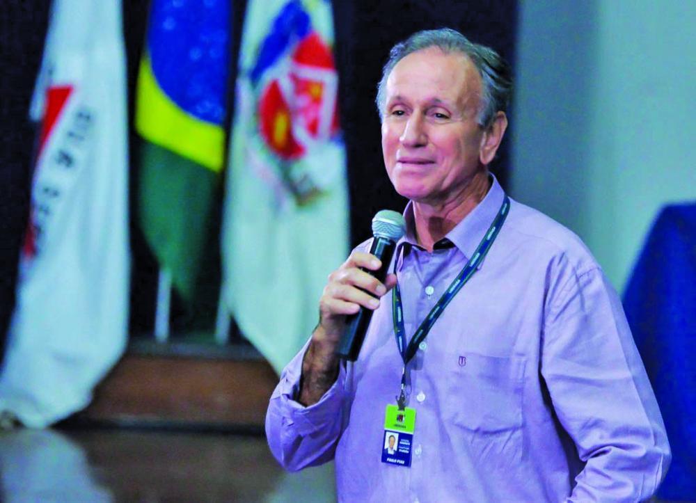 Prefeito Paulo Piau acena com a possibilidade de atender as reinvindicações da pauta de reivindicações de 2020 dos servidores - Foto: André Santos/PMU