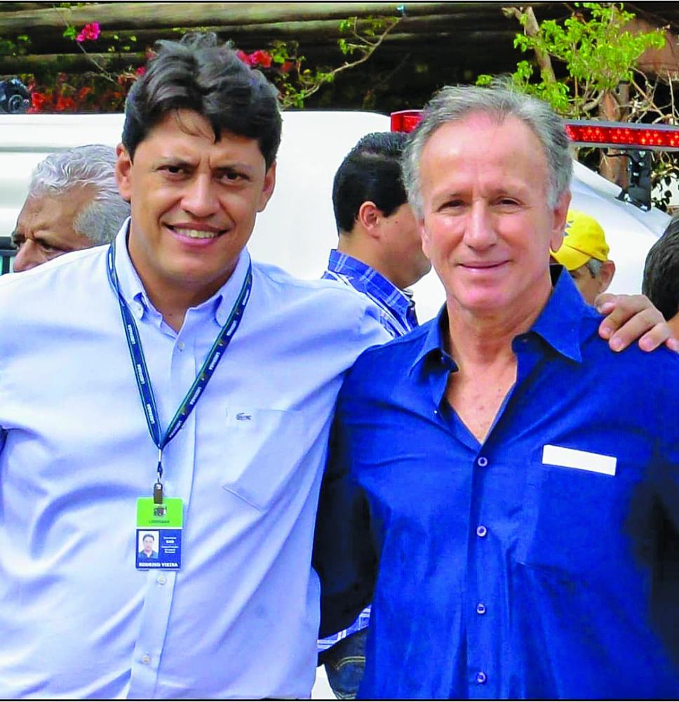 Secretário de Administração Rodrigo Vieira (PSD) e o prefeito Paulo Piau (MDB) - FOTO: Arquivo JU