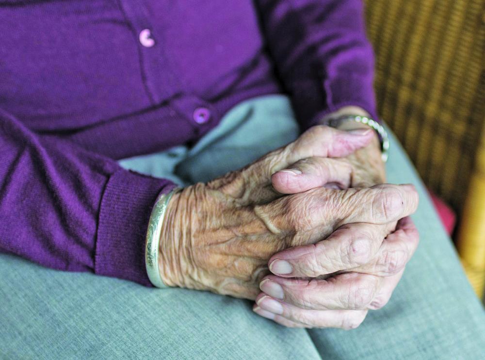 Elevado déficit nutricional observado em idosos residentes nos municípios avaliados demonstra um problema de saúde pública, segundo pesquisa - Foto: Sabine van Erp/Reprodução