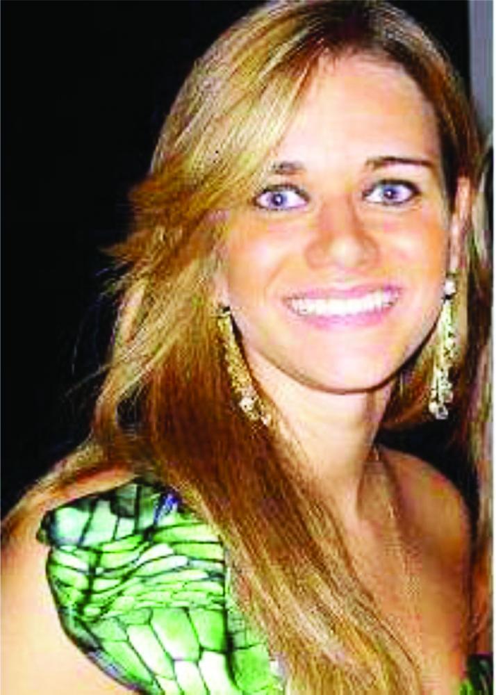 A bela médica em São Paulo, Mariana Brito é a homenageada de hoje pelo aniversário, ela comemora a data nas paradisíacas praias do Hawaí - Fotos: Divulgação