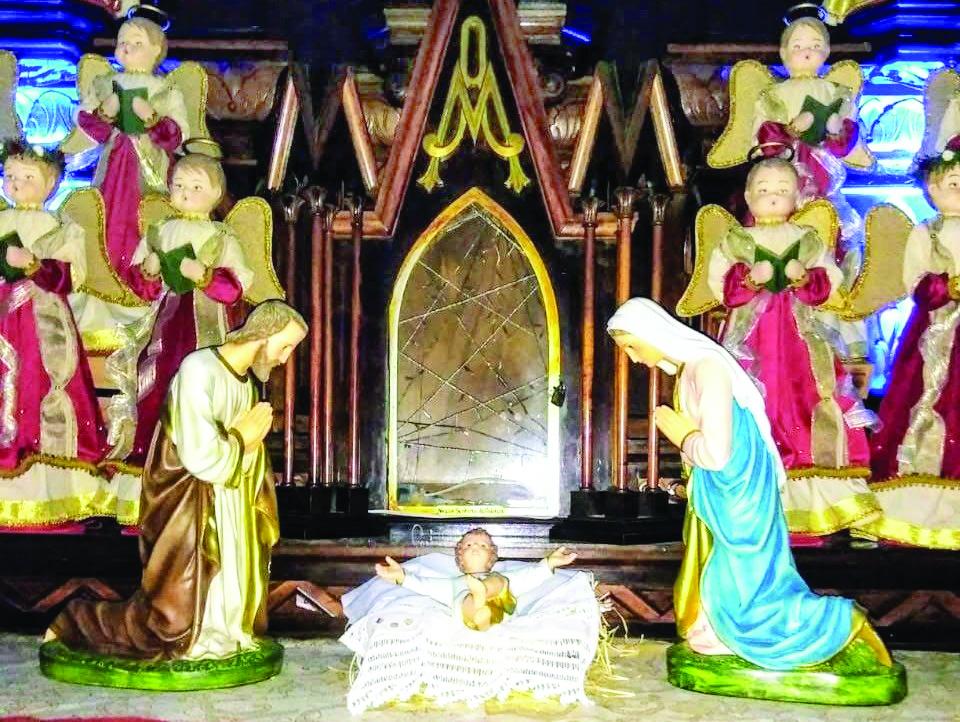 Que a Sagrada Família inspire o verdadeiro sentido do Natal e que o Menino Jesus possa renascer em nossos corações