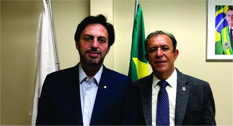 Deputado estadual Heli Andrade recepciona Lawrence Borges, diretor-executivo do JORNAL DE UBERABA, na Assembleia Legislativa