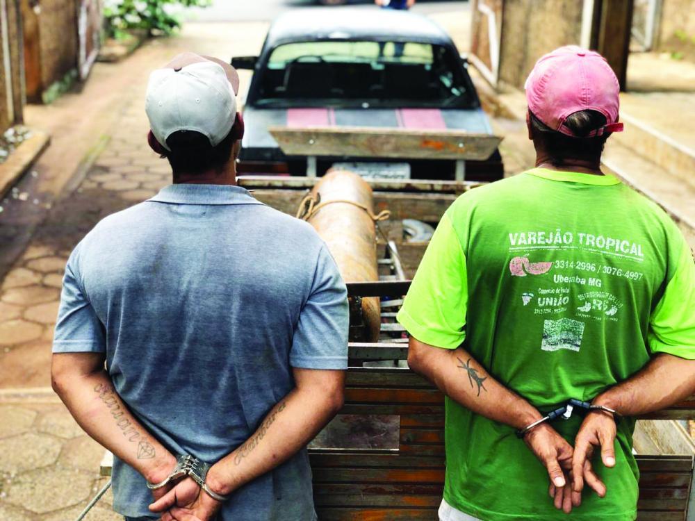 Materiais usados no crime foram apreendidos com os suspeitos - Fotos: Divulgação