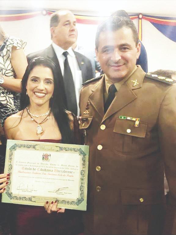 Capitão PM Luciana Melo de Paula recebeu o Título de Cidadania Uberabense, após 15 anos morando em Uberaba