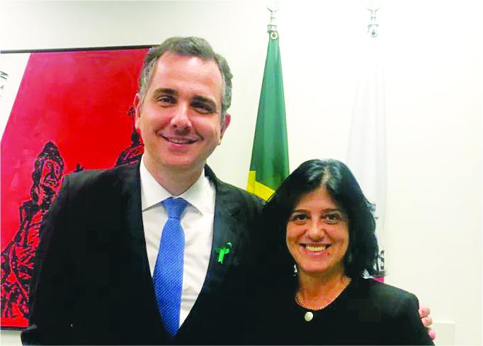 Senador Rodrigo Pacheco (DEM) e a vice-presidente dos Democratas Uberaba Eclair Gonçalves - Foto: Arquivo