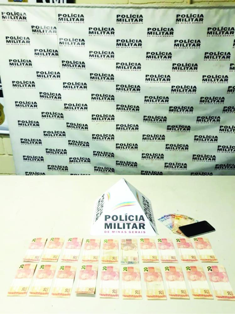 Dinheiro foi encontrado com o suspeito durante abordagem - Foto: Juliano Carlos