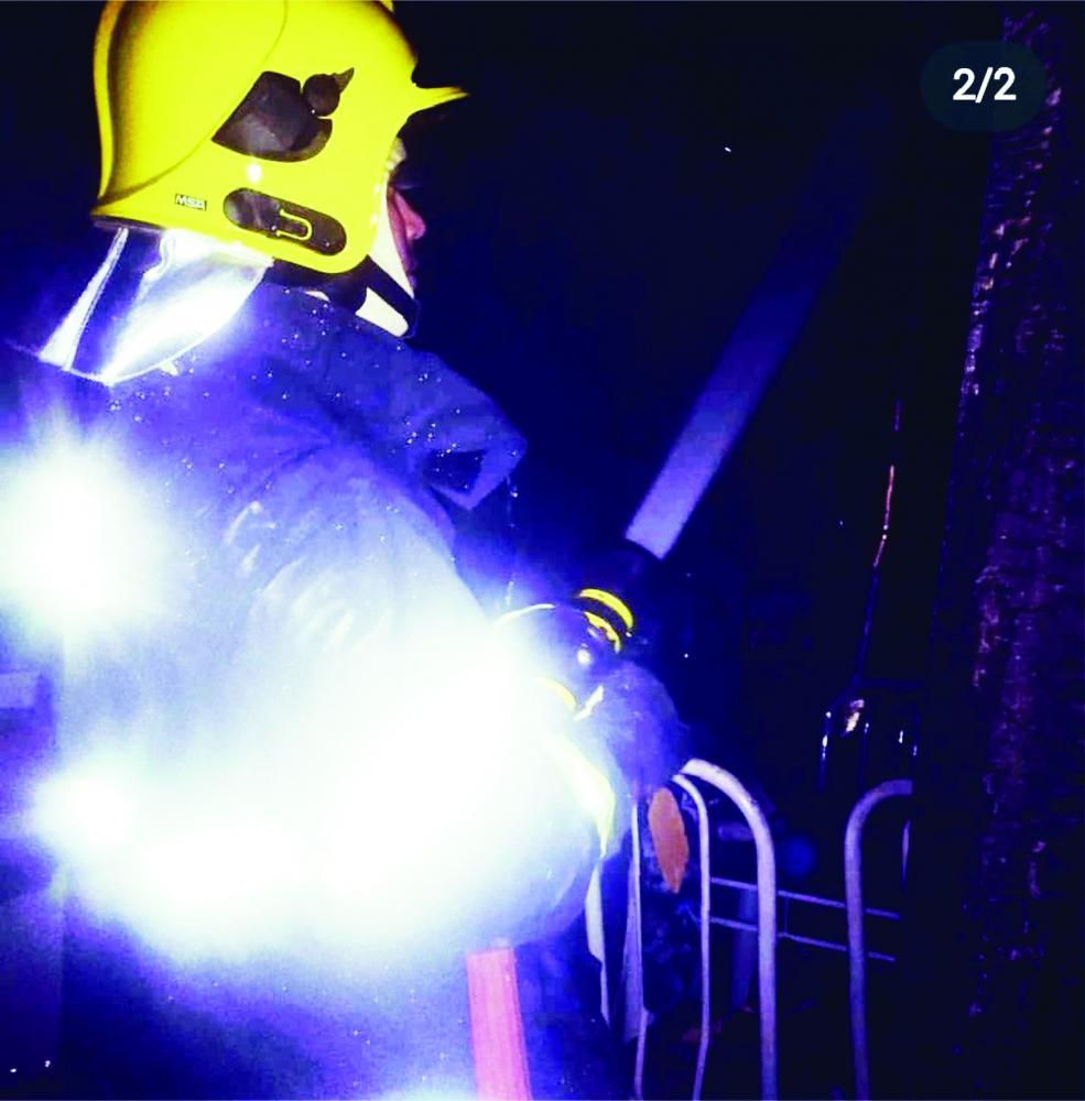 Bombeiros tiveram trabalho para combater o incêndio