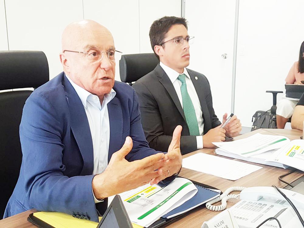 Paulo Uebel e Gleisson Rubin, da Secretaria Especial de Desburoratização, Gestão e Governo Digital do Ministério da Economia - Foto: Alexandro Martello/G1