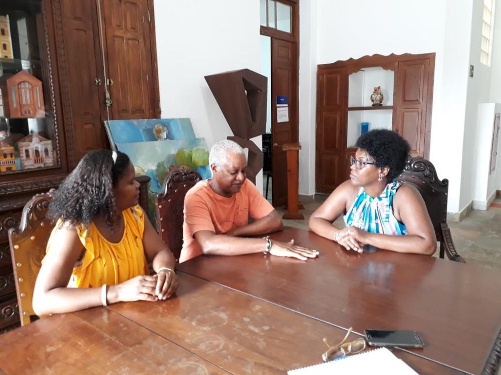 Aladino Jasse, assessor da presidência da Angola, que visitou a Fundação Cultural para falar sobre a história do negro em Uberaba - Foto: Divulgação