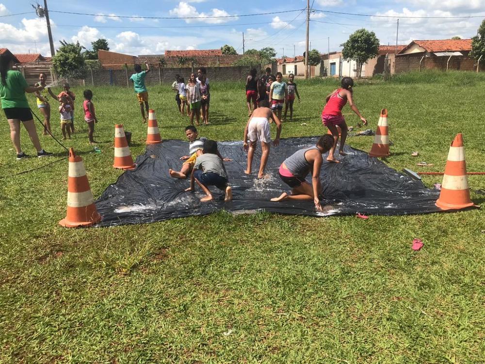 Atividades de Colônia de Férias da Secretaria de Educação de Uberaba - Foto: Divulgação