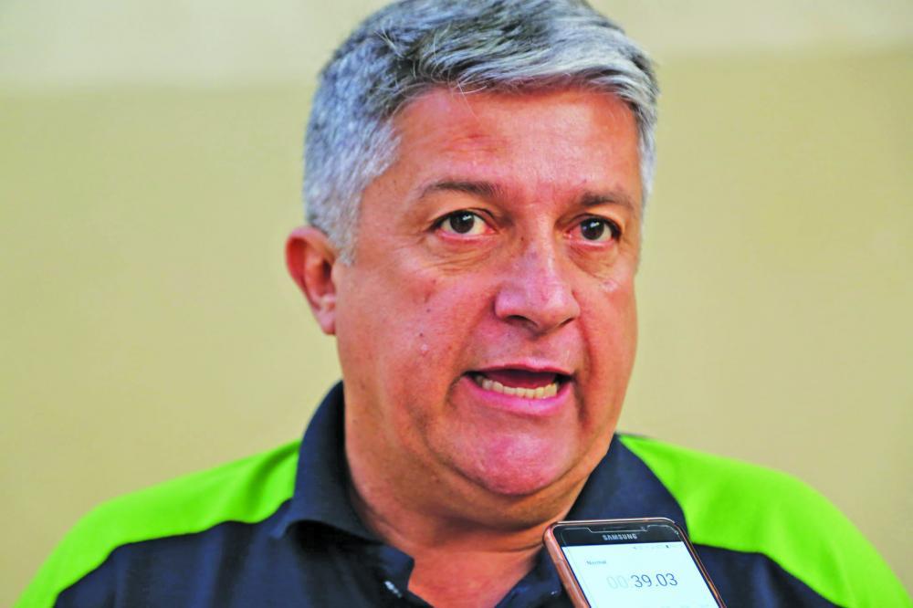 Presidente da Funel, Luiz Alberto Medina se diz recompensado com a nova área de esporte e lazer - Foto: Neto Talmeli