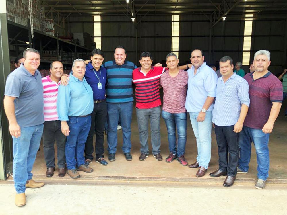 PSD comparece em peso para prestigiar Rodrigo Vieira (PSD) na inauguração do Centro de Distribuição de Uberaba - Foto: Divulgação