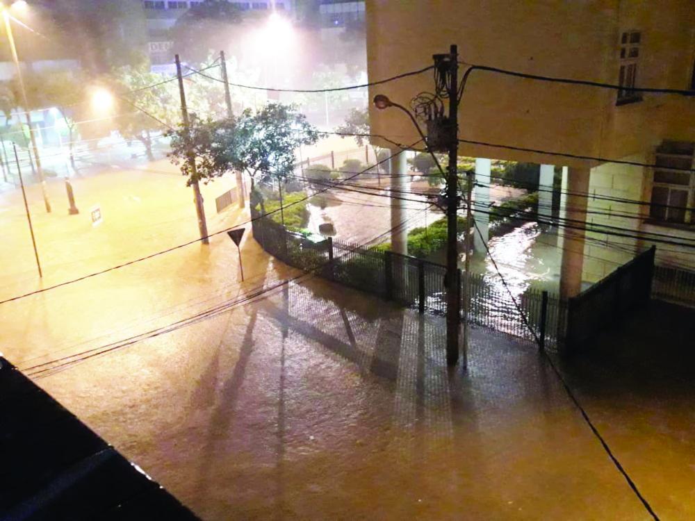 Área central da cidade ficou bastante alagada durante as chuvas - Fotos: Divulgação