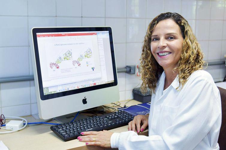Ana Paula Junqueira Kipnis, pesquisadoras da UFG - Foto: Ana Fortunato/Secom/UFG