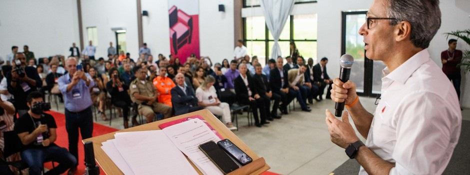 Zema também se reuniu com empresários da região para discutir as demandas e necessidades dos diferentes setores produtivos - Foto: Pedro Gontijo / Imprensa MG