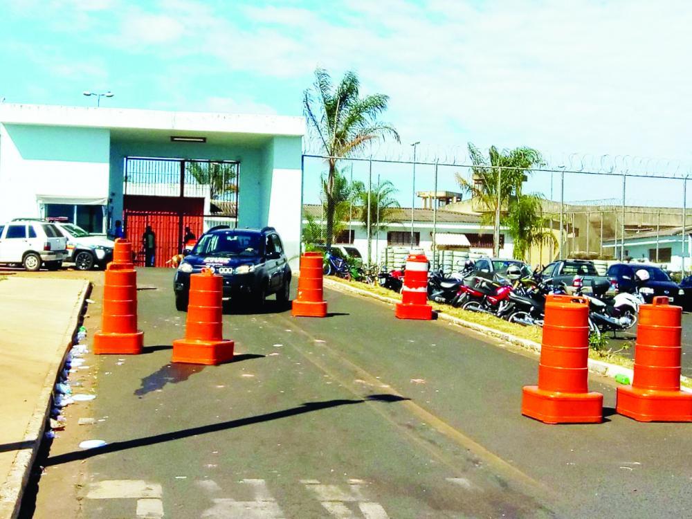 Agentes penitenciários desconfiaram da ação dentro do parlatório da penitenciária Professor Aluízio Ignácio de Oliveira - Foto: Arquivo