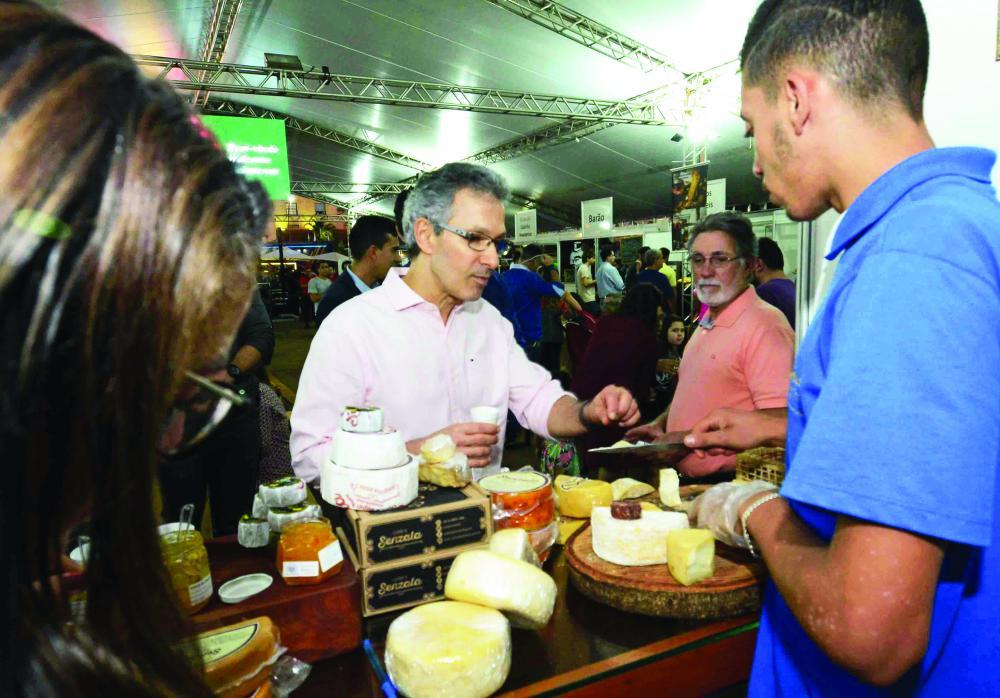 Governador Romeu Zema, visita Mundial do Queijo do Brasil, em Araxá