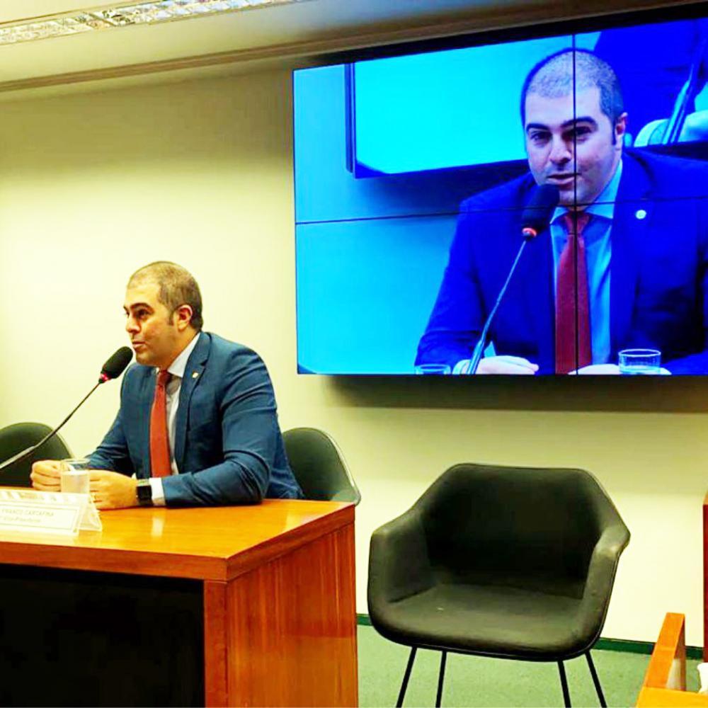 Deputado federal Franco Cartafina toma posse como 3º vice-presidente da Comissão Especial - Foto: Divulgação