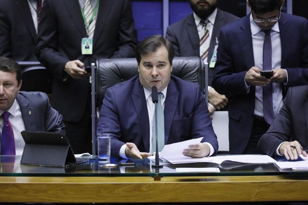 O presidente da Câmara, Rodrigo Maia (DEM-RJ), durante sessão no plenário ontem - Foto: Cleia Viana/Câmara dos Deputados