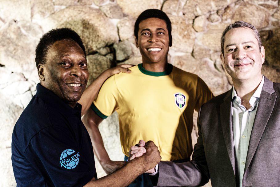 Maior camisa 10 da história do futebol, Pelé, recebeu Rogério Caboclo em sua casa, no Guarujá - Foto: Jorge Bispo/CBF