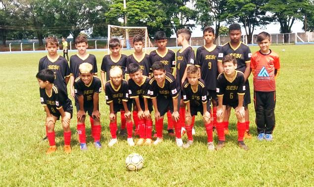 Na fase de grupos de copa internacional disputada no Estado de São Paulo, categoria sub-12 do Clube Sesi Uberaba se classificou em primeiro