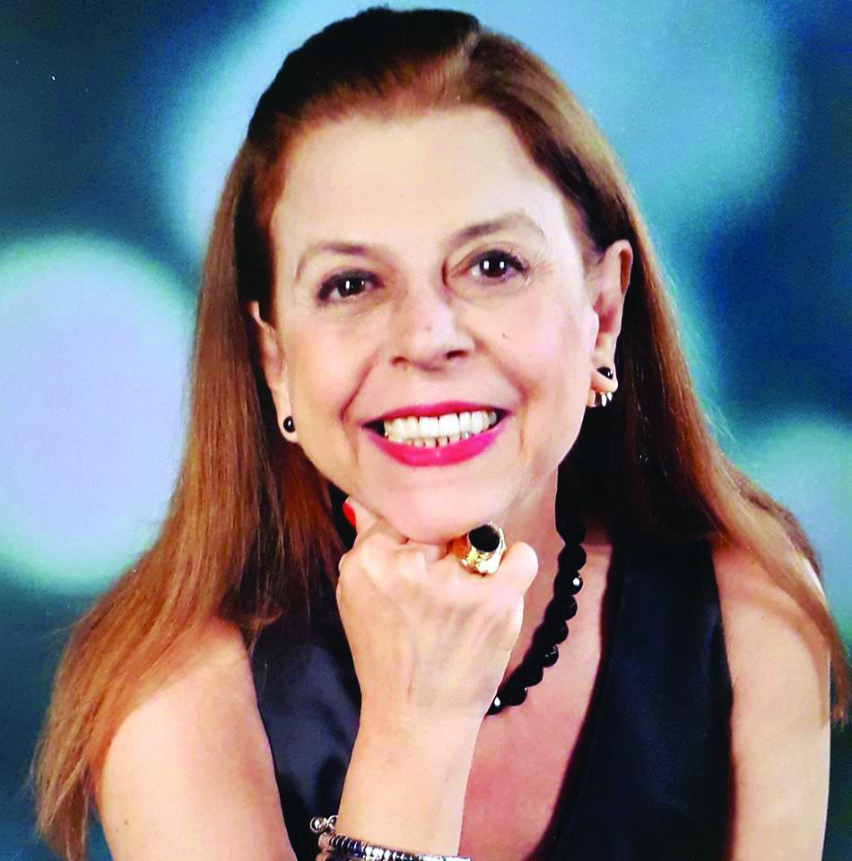 Sônia Abocater foi a elegante aniversariante do último dia 27 de fevereiro, sempre carismática ela merece todos os aplausos