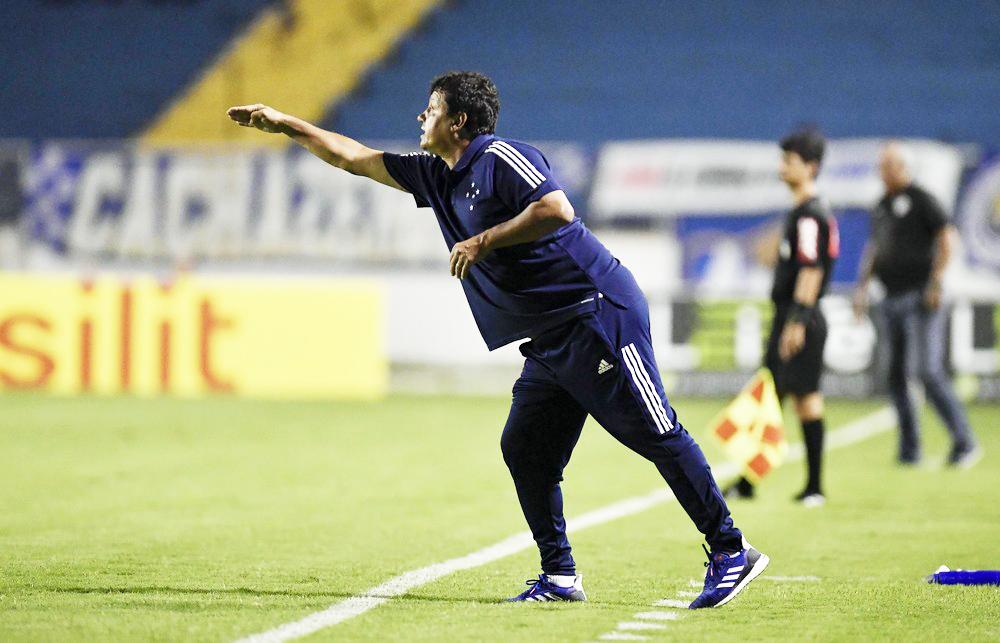 Adilson Batista critica Federação Mineira de Futebol - Foto: Douglas Magno/Light Press/Cruzeiro
