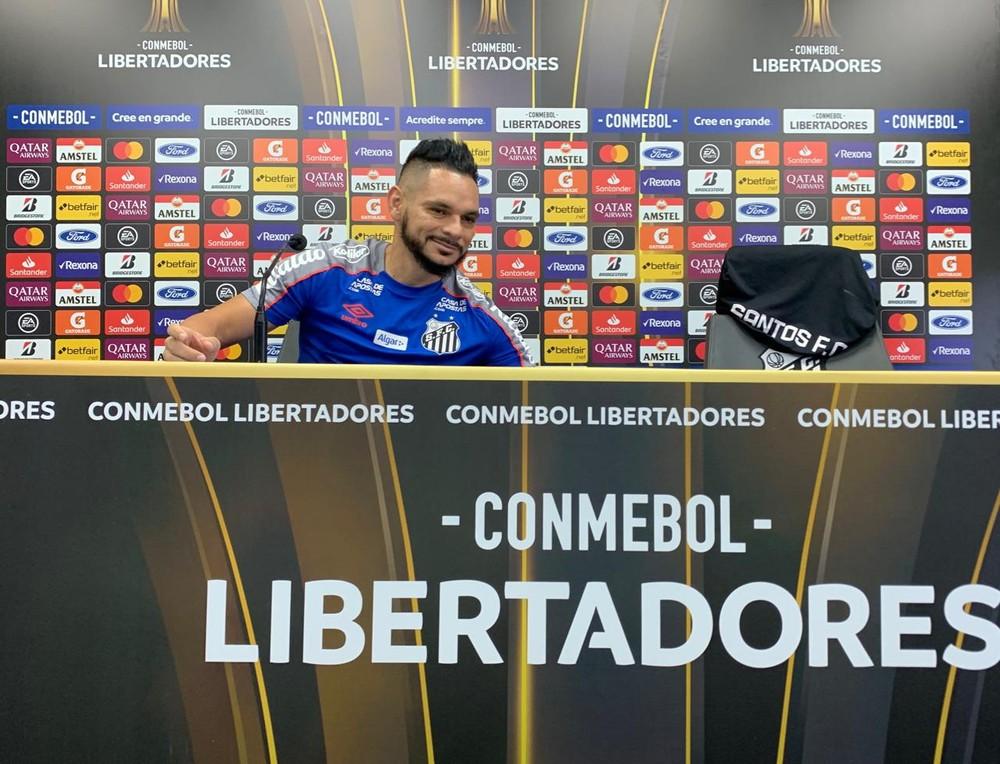 Pará fala em entrevista coletiva no CT Rei Pelé - Foto: Eduardo Valim