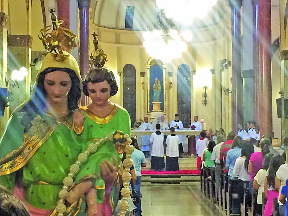 Hoje é comemorado o dia da padroeira de Uberaba, Nossa Senhora da Abadia