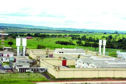 Mais uma vez, houve tentativa de levar aparelho celular para detento na penitenciária de Uberaba - Foto: Divulgação