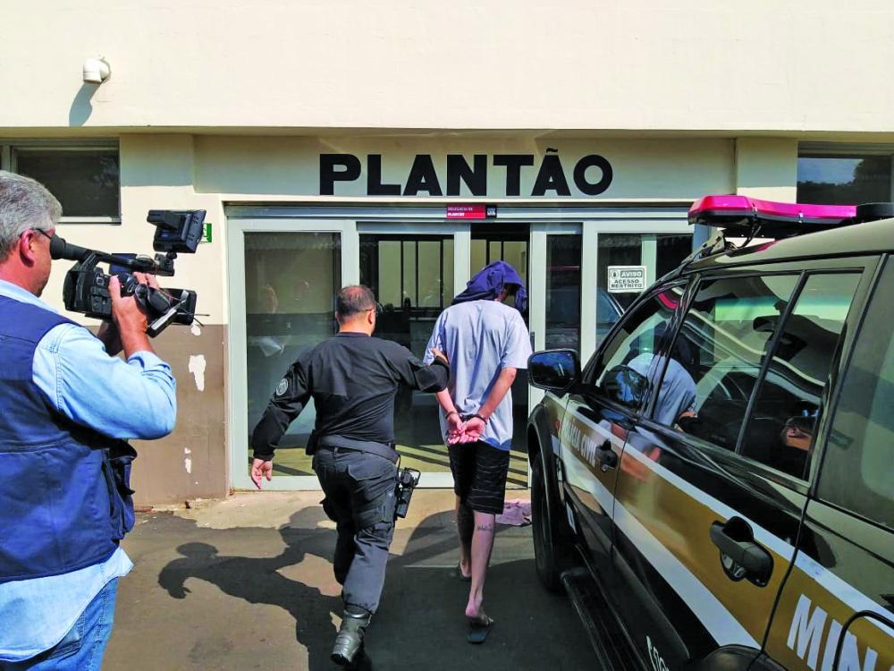 Jovem foi preso na manhã de ontem no bairro Olinda