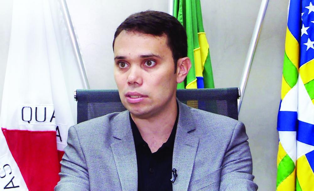 Adriano Aro fala um dia após a determinação de paralisação do torneio estadual - Foto: Reprodução/TV Globo